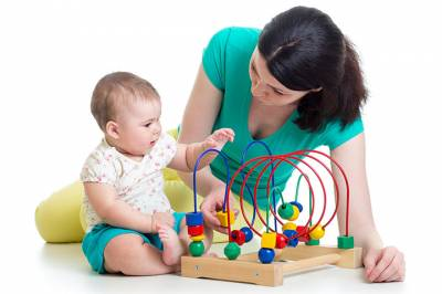 Developmental guidelines for children at six months of age - Achieve Beyond Blog